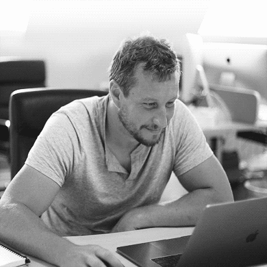 reputable site 8eb31 9ac46 Ed Merritt is a Bournemouth based designer and front-end developer with  over a decade of experience creating engaging interactive experiences.
